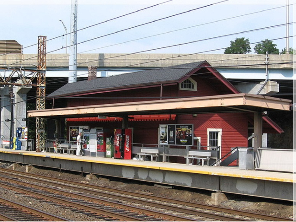 Long_Island_Rail_2/Cos_Cob_1.jpg